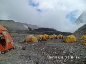 Tent way to Lobuche Peak